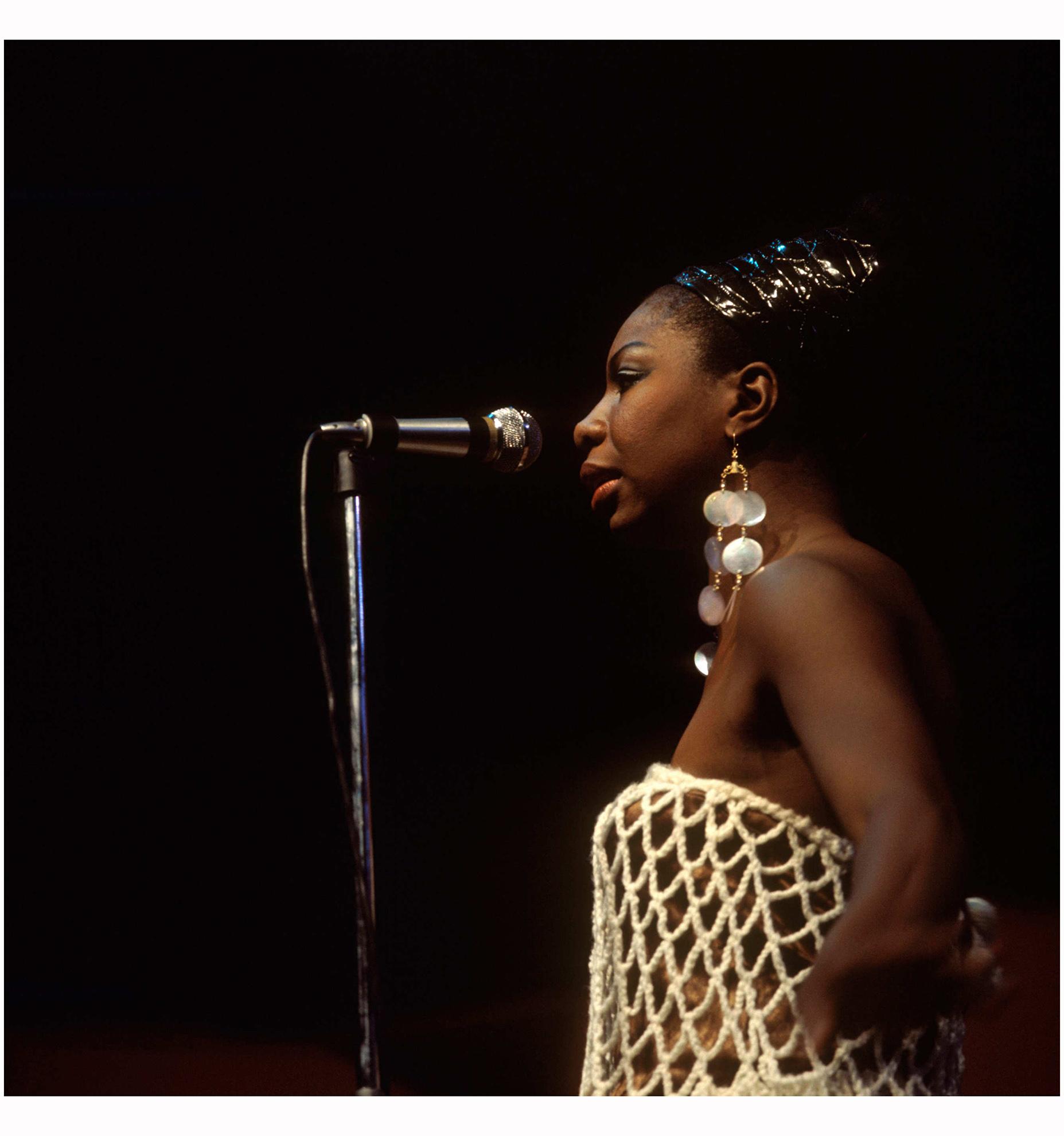 nina-simone-1967-photo-david-redfern